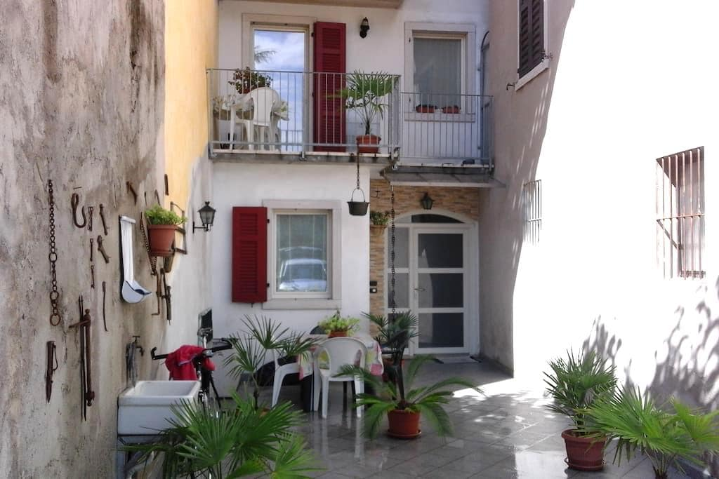 """Appartamento """"Take it easy"""" Bolognano di Arco - Bolognano-vignole - Apartamento"""