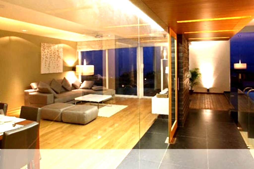 Luxurious Waterfront Condo in Goa!! - Holy Cross Colony