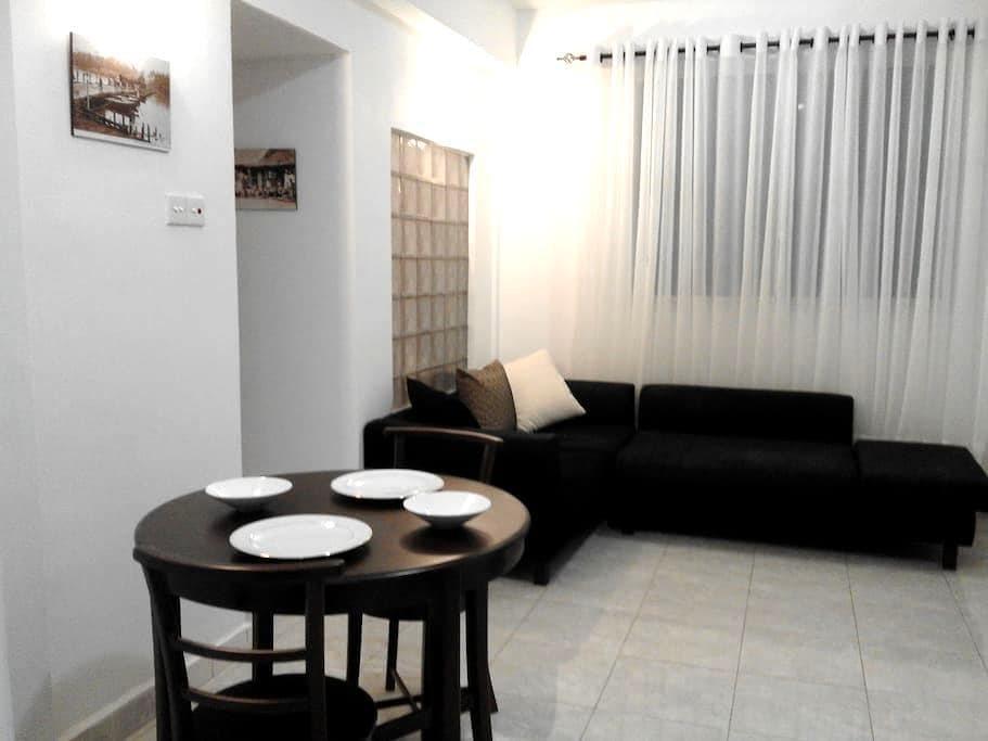 Great Location in Colombo. Safe, Private & Modern - Colombo - Apartment