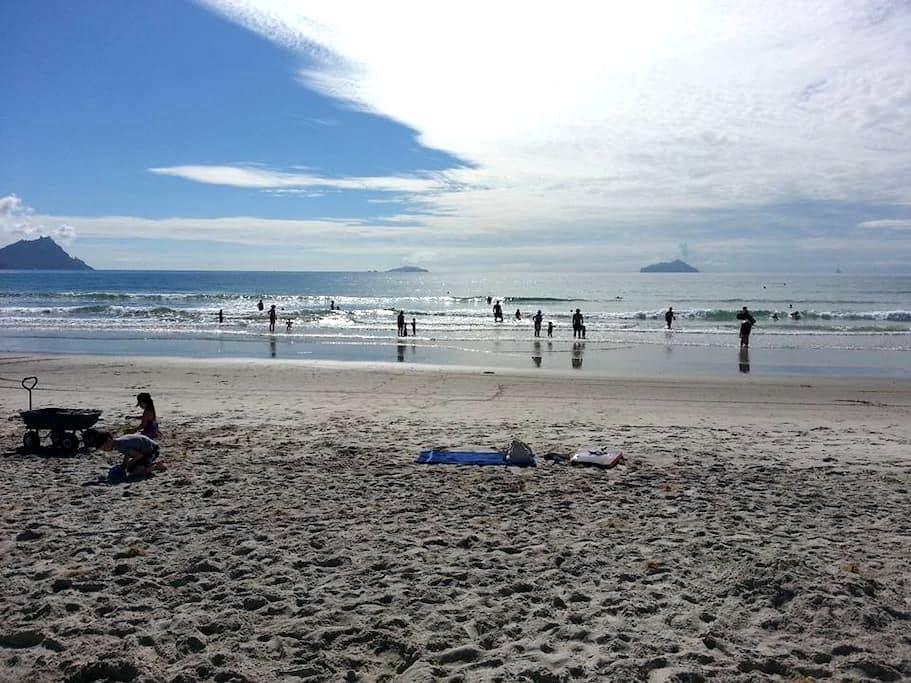Family Friendly Ruakaka Surf Beach - Ruakaka - บ้าน