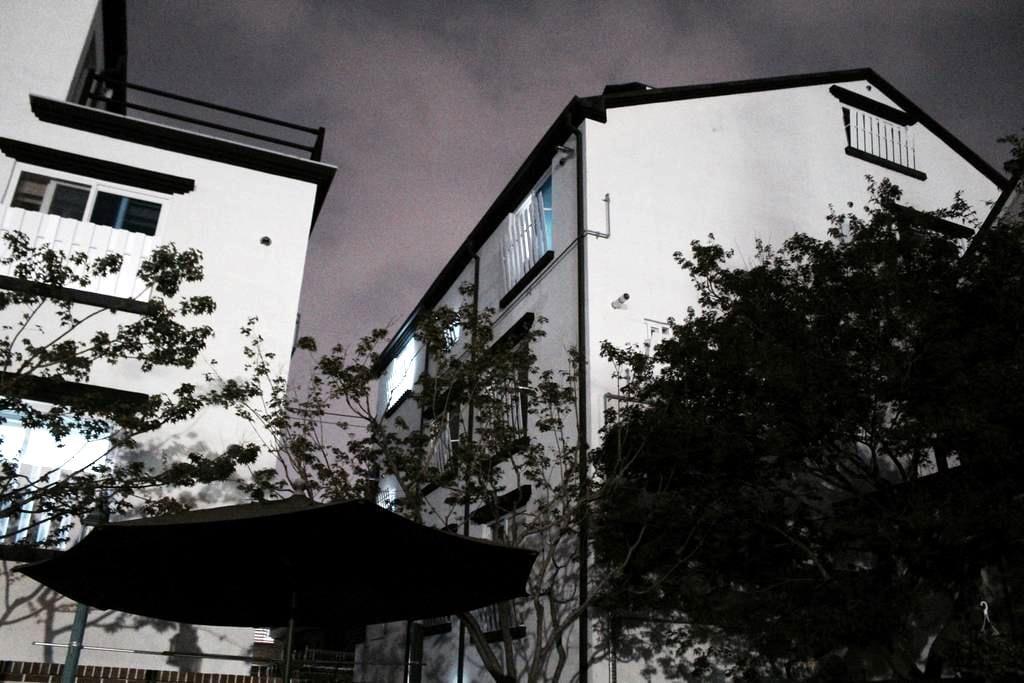 • 집전체 • 주차가능 • 미니멀한 중화산동 원룸 - Jeonju-si - Apartamento