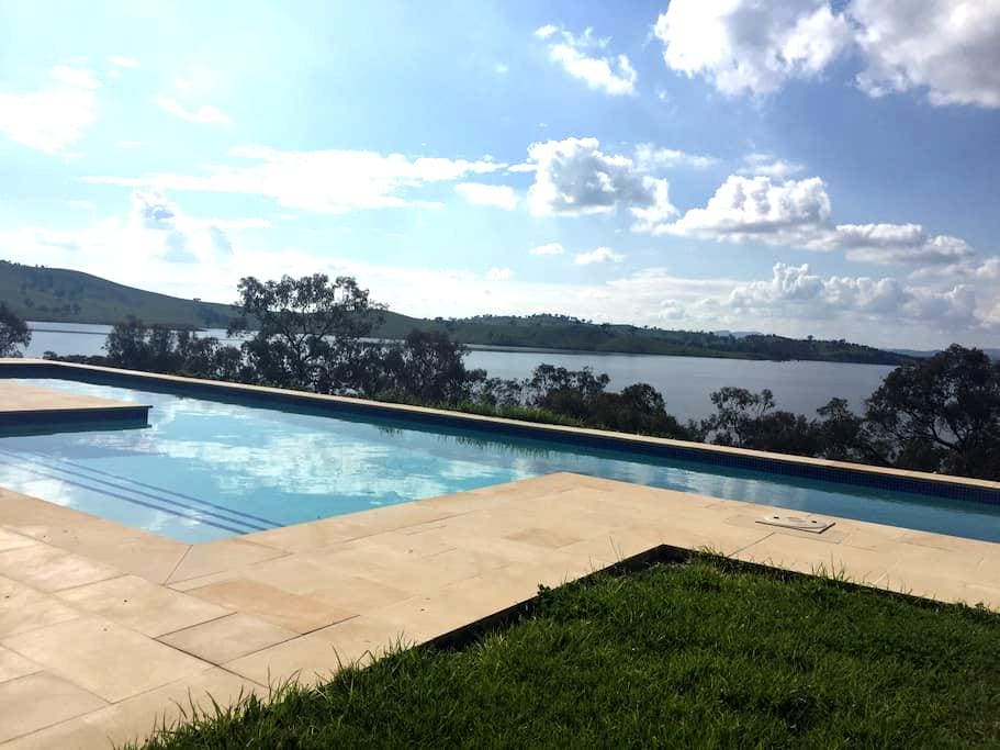 Lakeside on Hume - Albury area - Talgarno