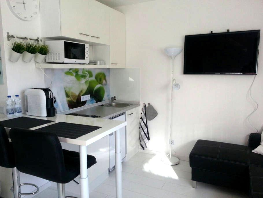 Apartment Schlössle - Steinenbronn - Apartemen