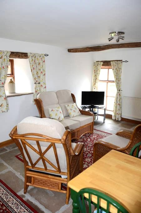 Crimpton Farm Owl Cottage - Clitheroe