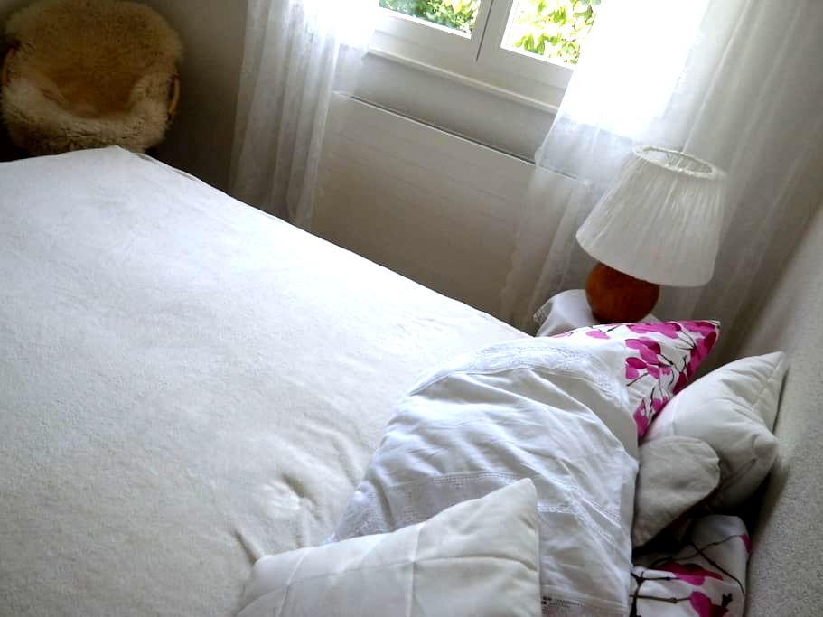 double room  also long-term - Martigny