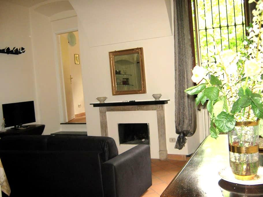 Delicious Apt in Historic House - Acqui Terme - Byt