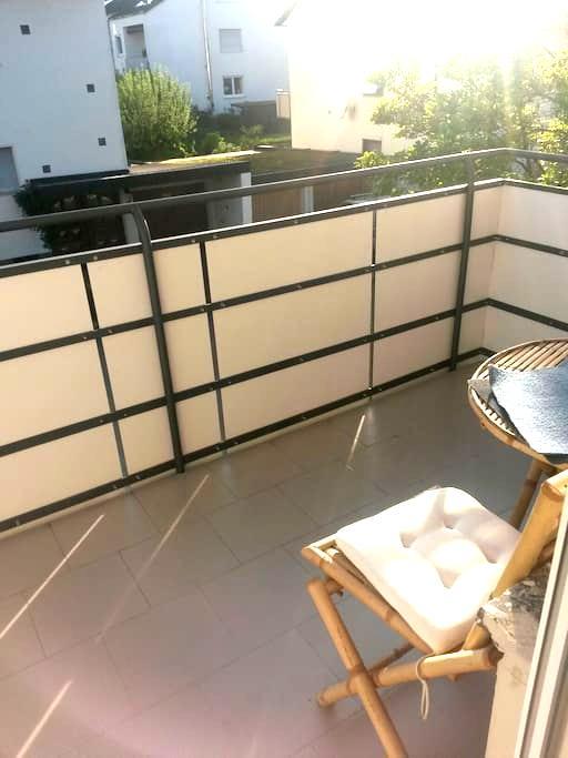cozy 3beds room with balcony - Weinstadt