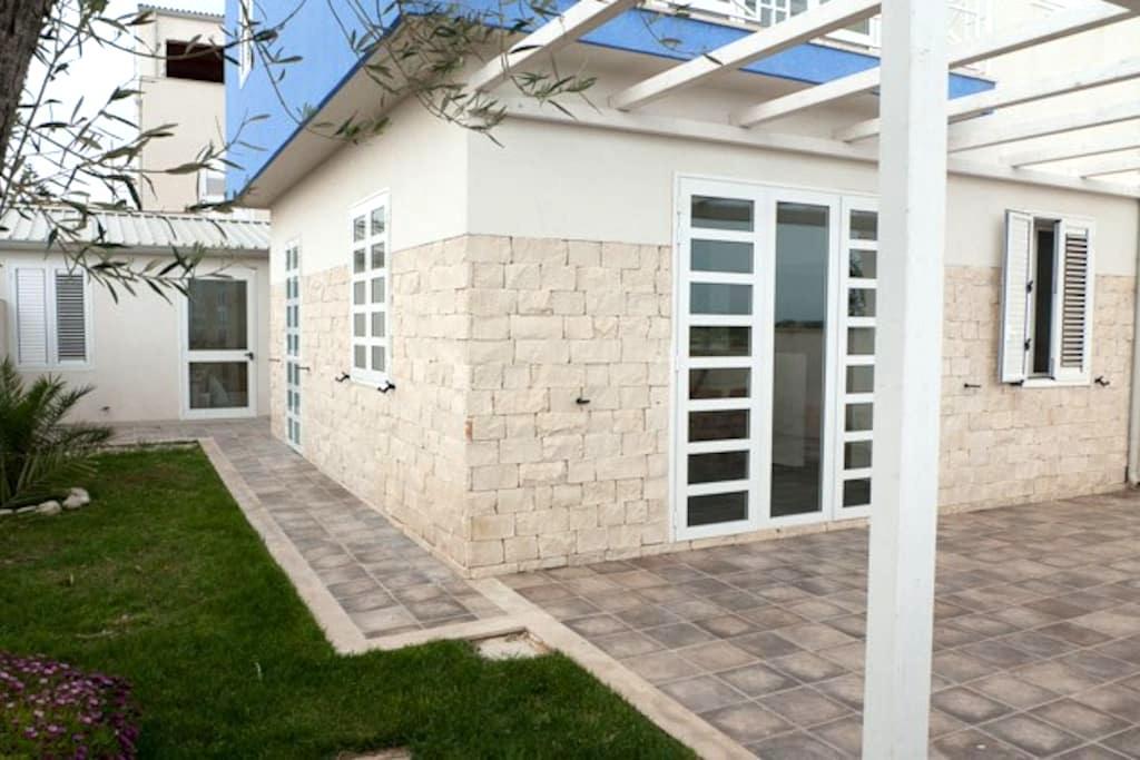 Wonderful villa with big garden - Donnalucata