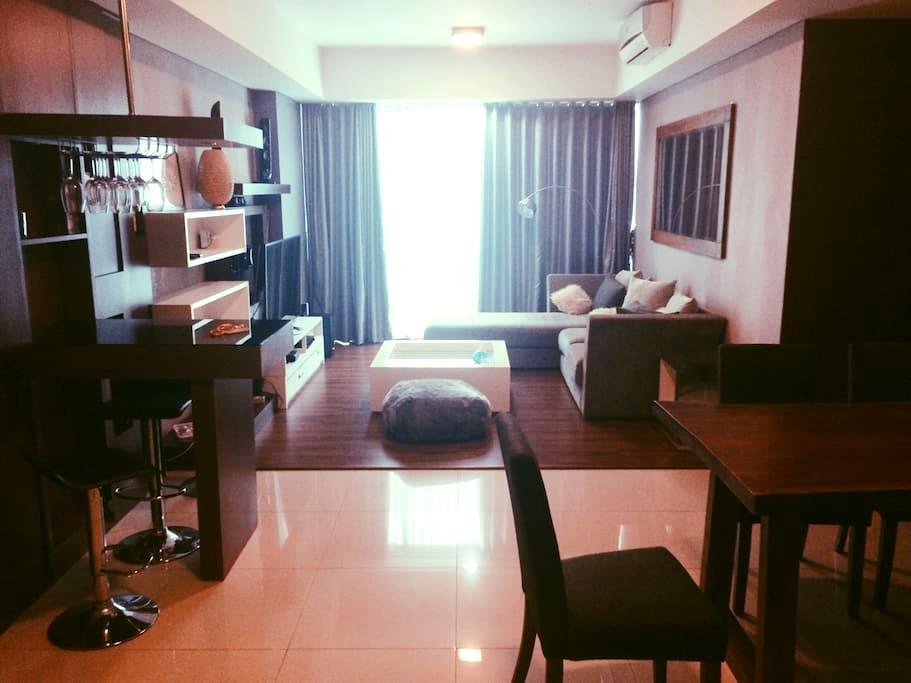2BR Comfy & Luxurious Apartment Kemang Village - Mampang Prapatan - Appartement