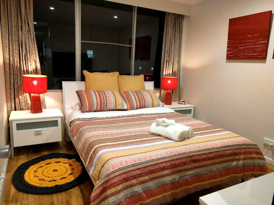 1BR: Location, comfort and views - Griffith - Departamento