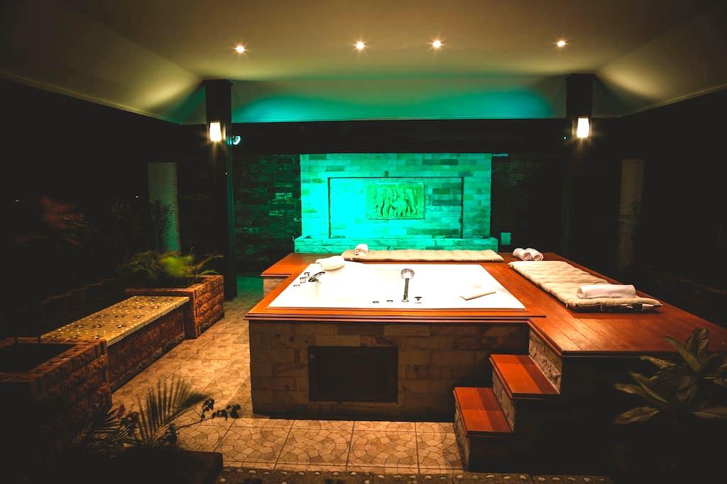 2bdr Villa Arabella Pattaya 228 pool & jacuzzi - パッタヤー - 別荘