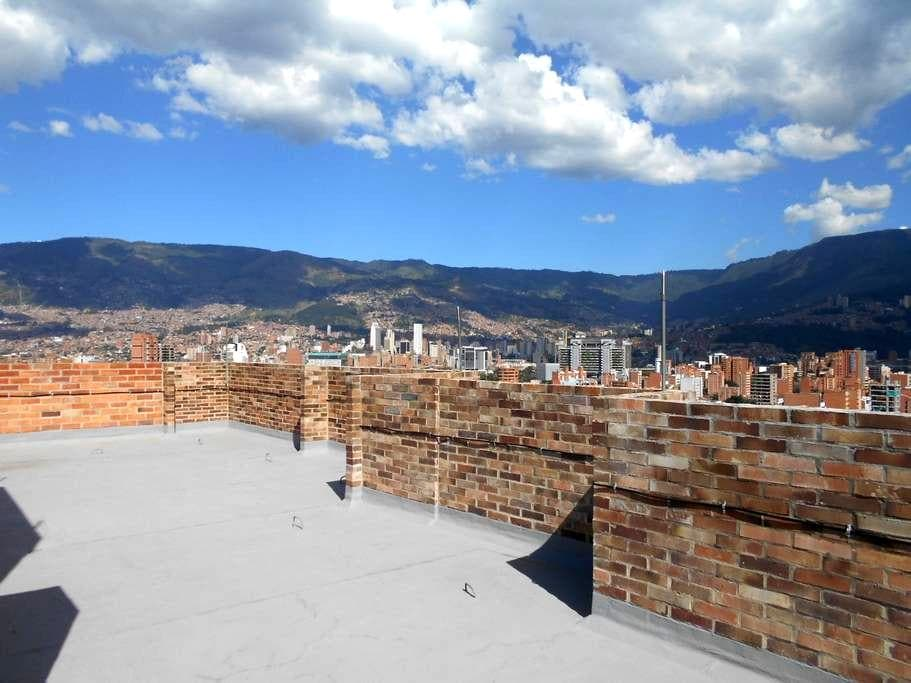 Grand Opening-Roof top terrace Apt. in Laureles!!! - Medellín - Apartment