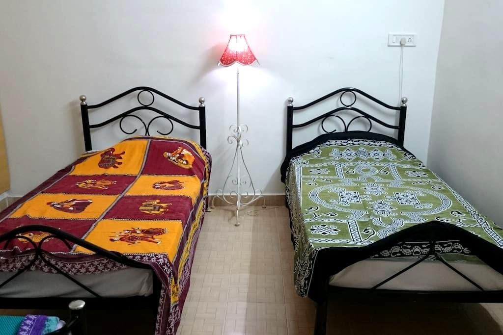 101 Steps From The Sea - Private Room on the Shore - Kanchipuram - House