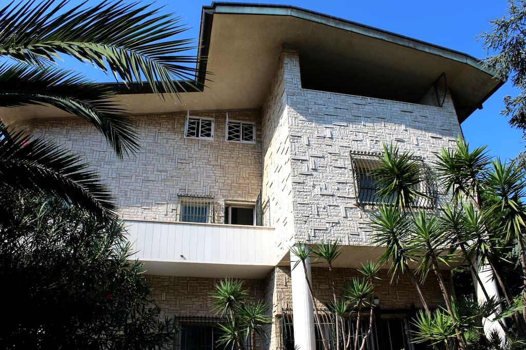Trani in villa Guesthouse - Trani - 別荘