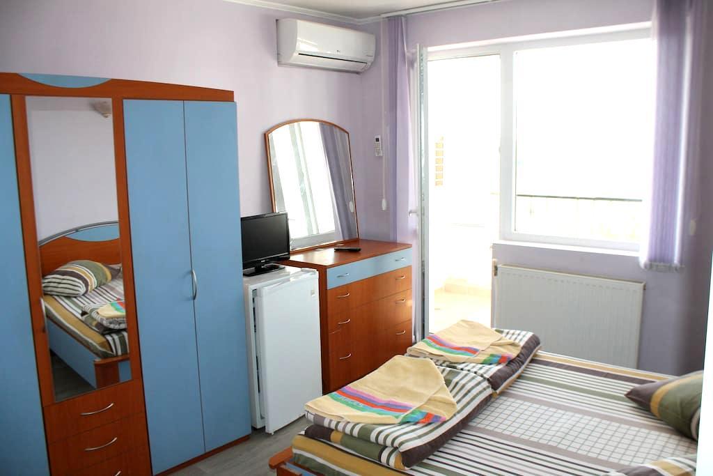 City view Private room - Varna - Appartamento
