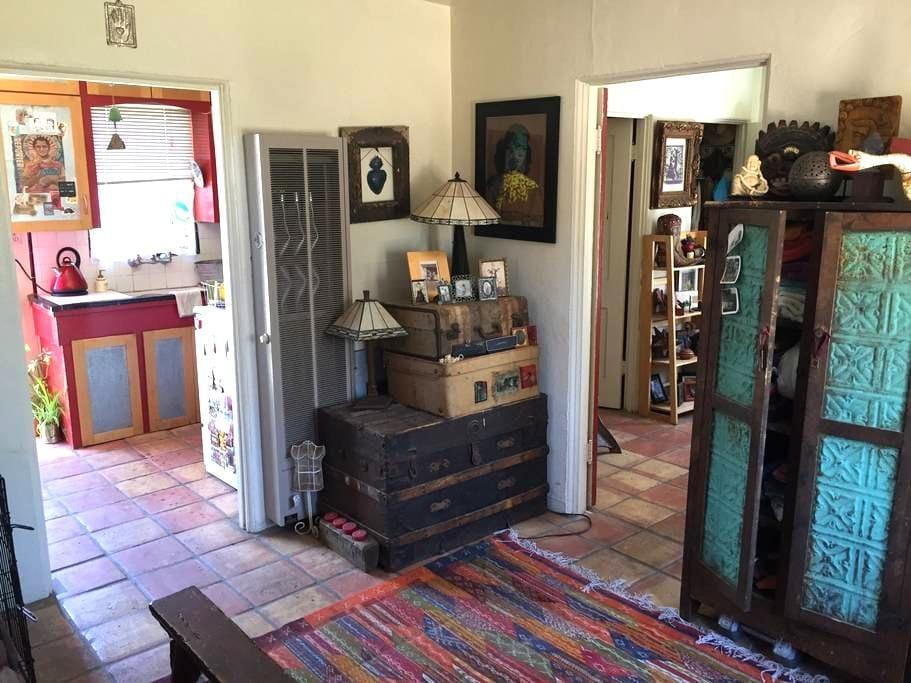 Charming casita in prime UofA spot - Tucson - Hus