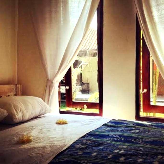 Simple room in central Seminyak - Kuta - Gästehaus