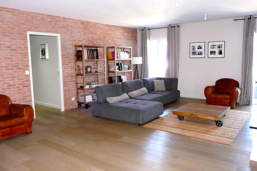 Appartement T7 avec grande terrasse - Aléria - Wohnung