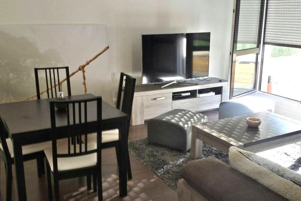 2 pièces tout confort avec terrasse - Plaisir - Wohnung
