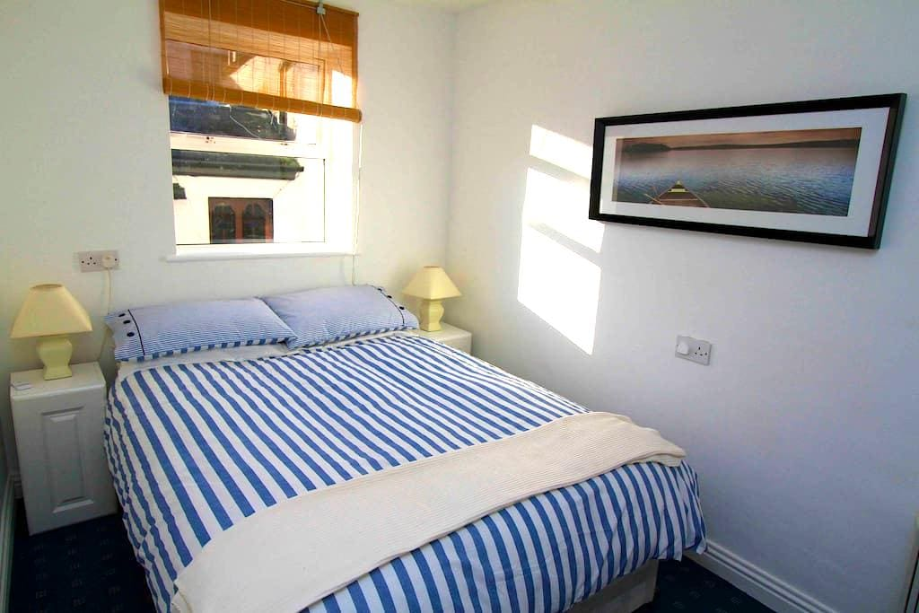 Centrally located apartment - Kinsale - Apartment