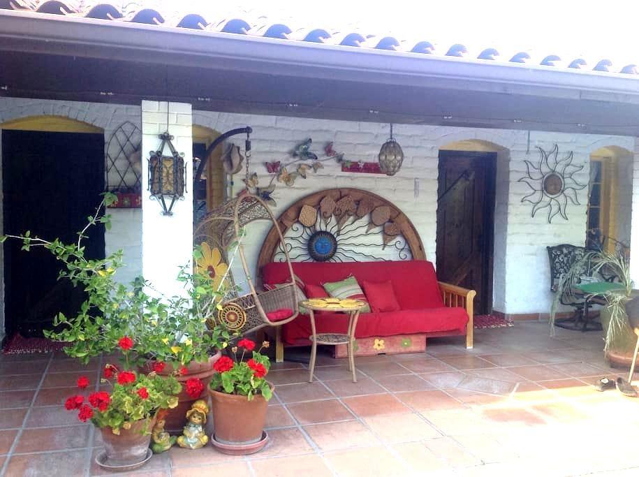 La Maison - Acampo - Apartment