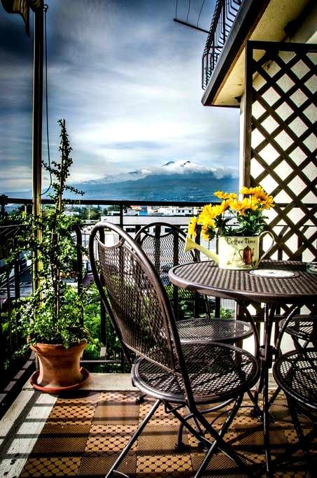 Garzonier panoramica e luminosa - Giardini-Naxos - Apartment