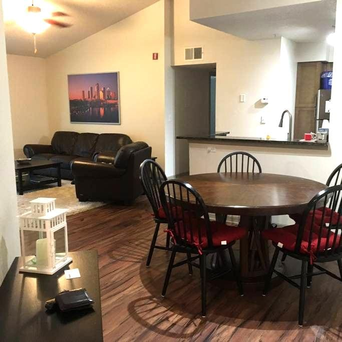 Spacious Apartment on Lake Howell - Casselberry - Apartment
