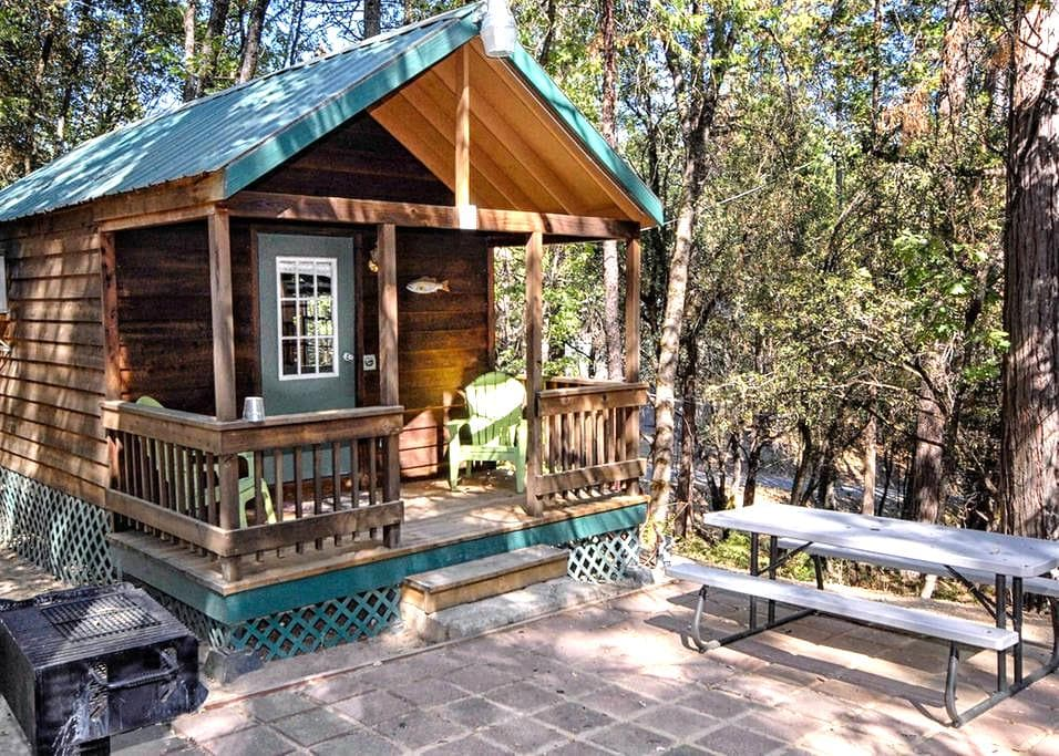 The Lazy Z Resort Cottage for Two II - Twain Harte - Cabin