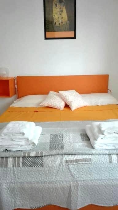 Beautiful Double Room Bologna - Cà Dé Fabbri - 公寓