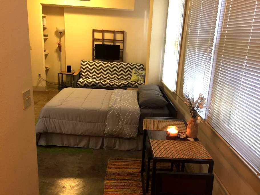 DOWNTOWN LOFT NEAR BAYFRONT - Corpus Christi - Lägenhet
