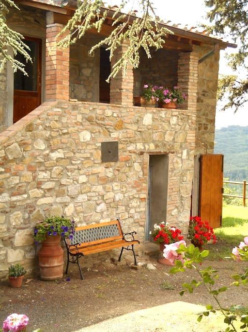 appartamento nuovo e luminoso nessuna condivisione - Montecatini Val di Cecina