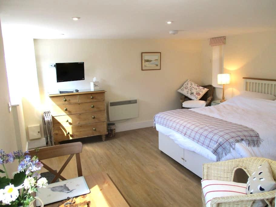 En Suite Studio in Barn setting, in Saxon village - Long Wittenham - Appartement