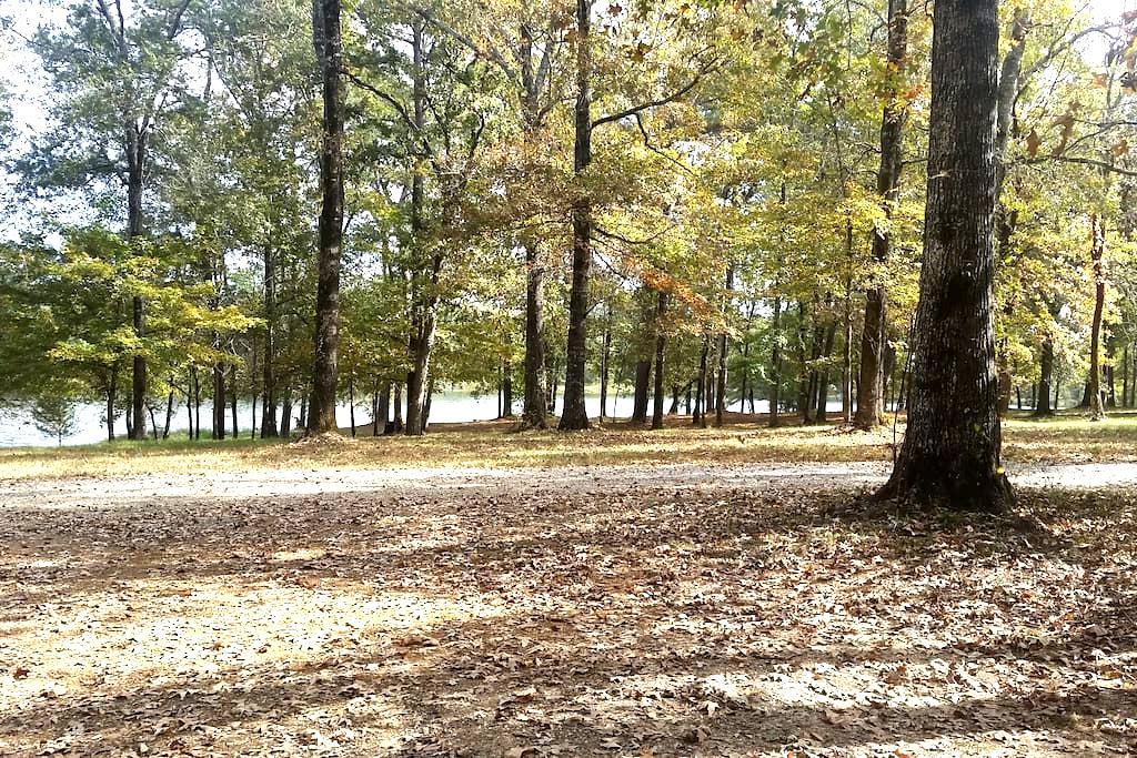Carmel Lake Cottages - Mansfield - Casa de campo