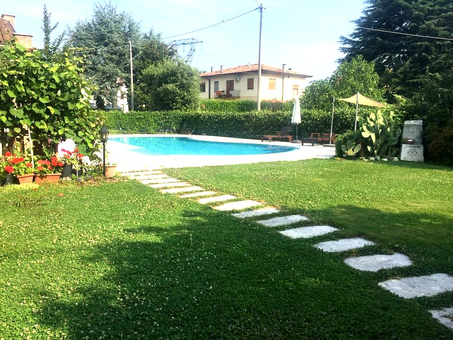 Cozy family house with swimmingpool - Colfosco - Talo