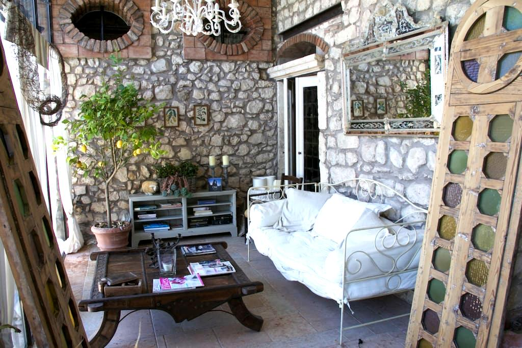 A Dream house  in a Borgo of 1420 - Verona - San Peretto di Negrar - Negrar - 一軒家