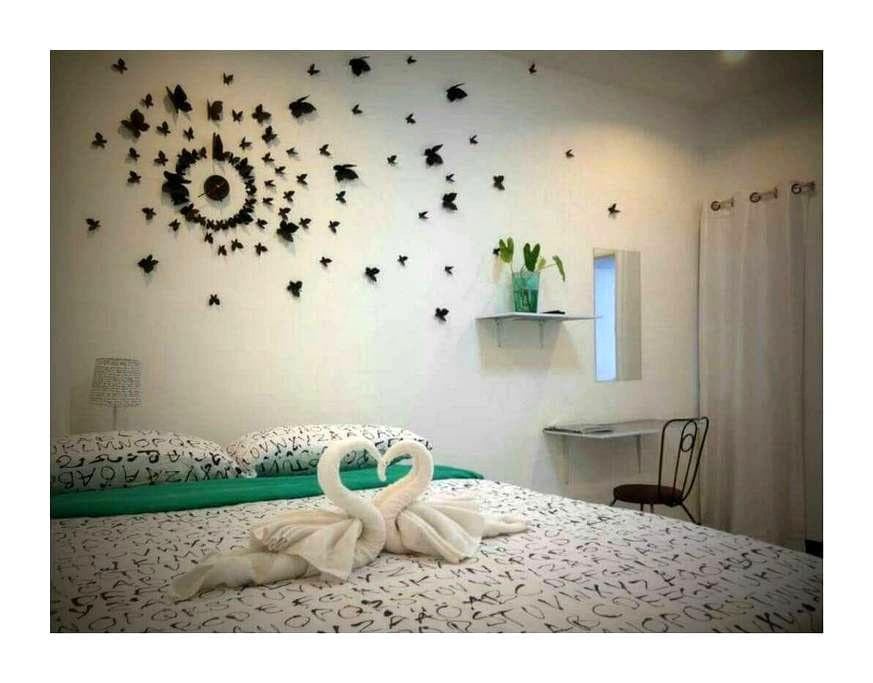 DIY decor feel like your own home - A. Maung  - Bed & Breakfast