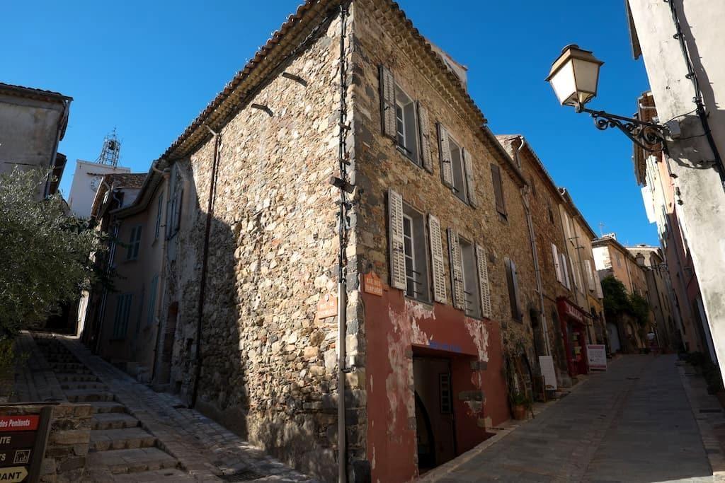 Town House - Historic Center - Grimaud - Casa