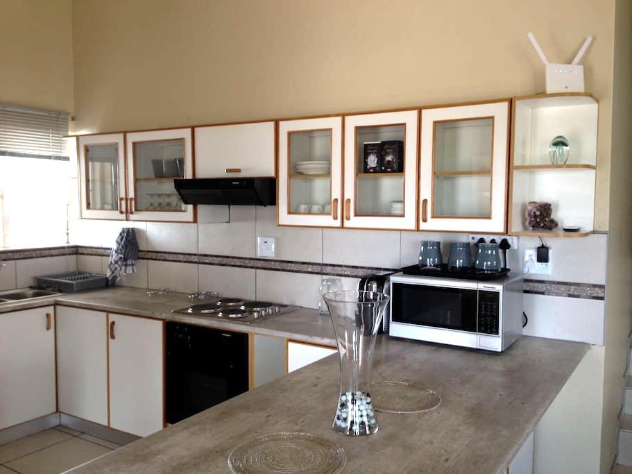 Namibia - Windhoek - Kleine Kuppe - Windhoek - Haus