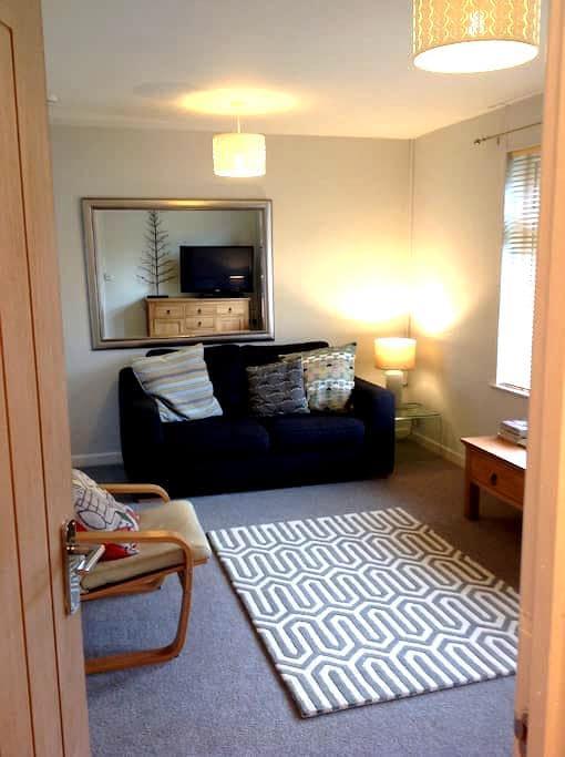 One Bedroom Ground Floor Apartment - Padstow - Byt