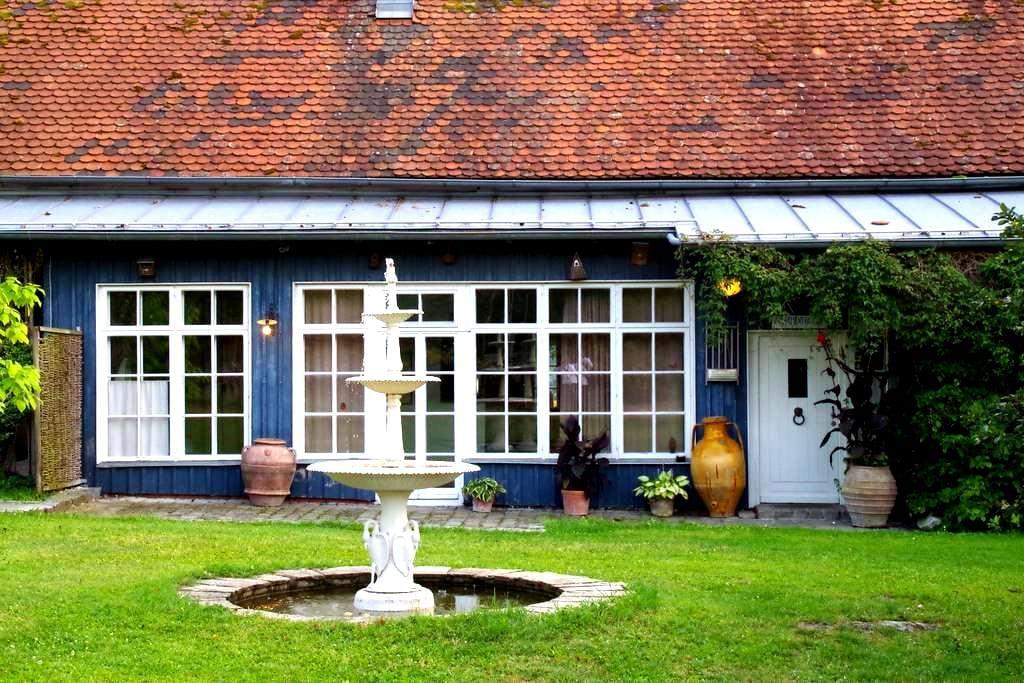 Historischer Posthof gleich bei Regensburg - Wenzenbach - Gjestehus