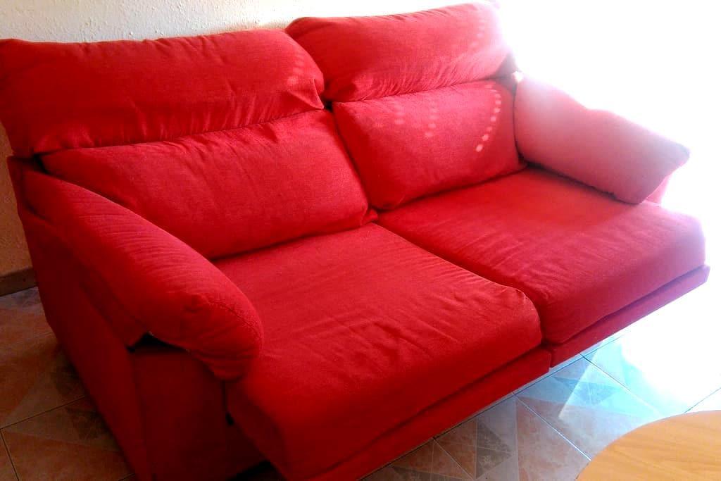 Sofá en Villaverde Bajo - Madrid - Apartamento