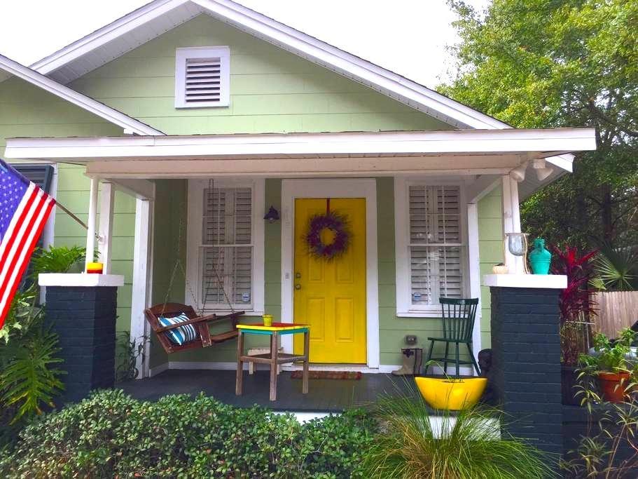Cozy Downtown Bungalow - Pensacola - Dom