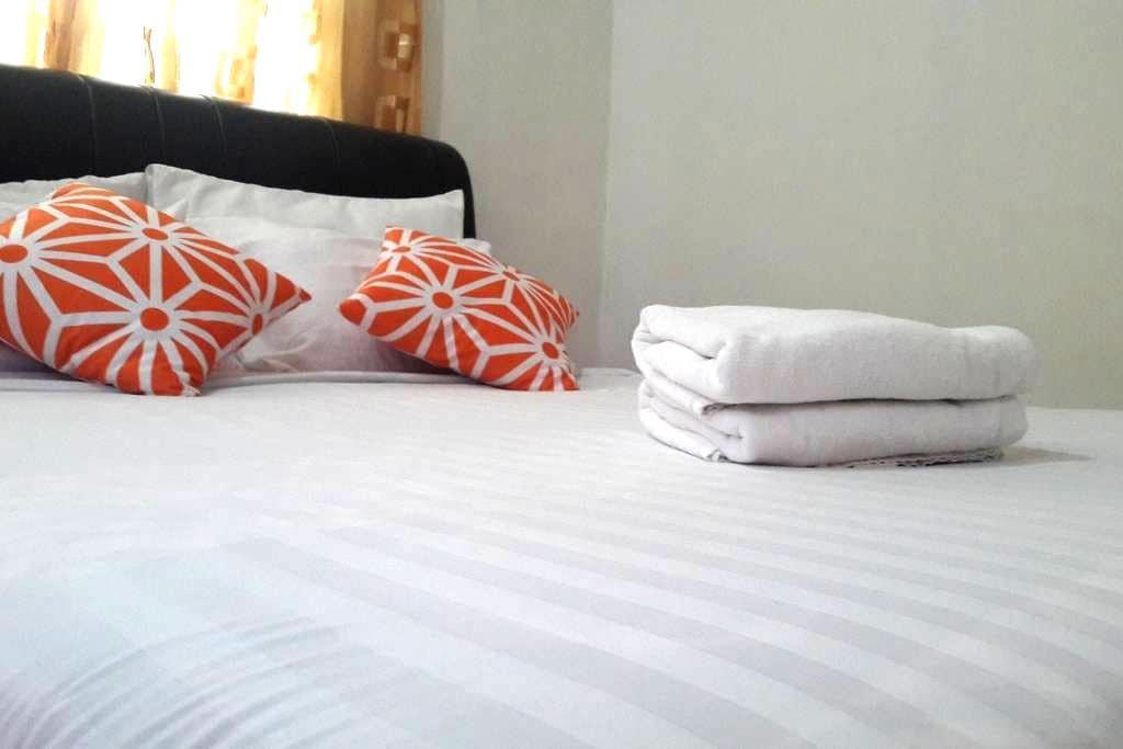 Malaysian Village Life (Private home) - Langkawi - Haus