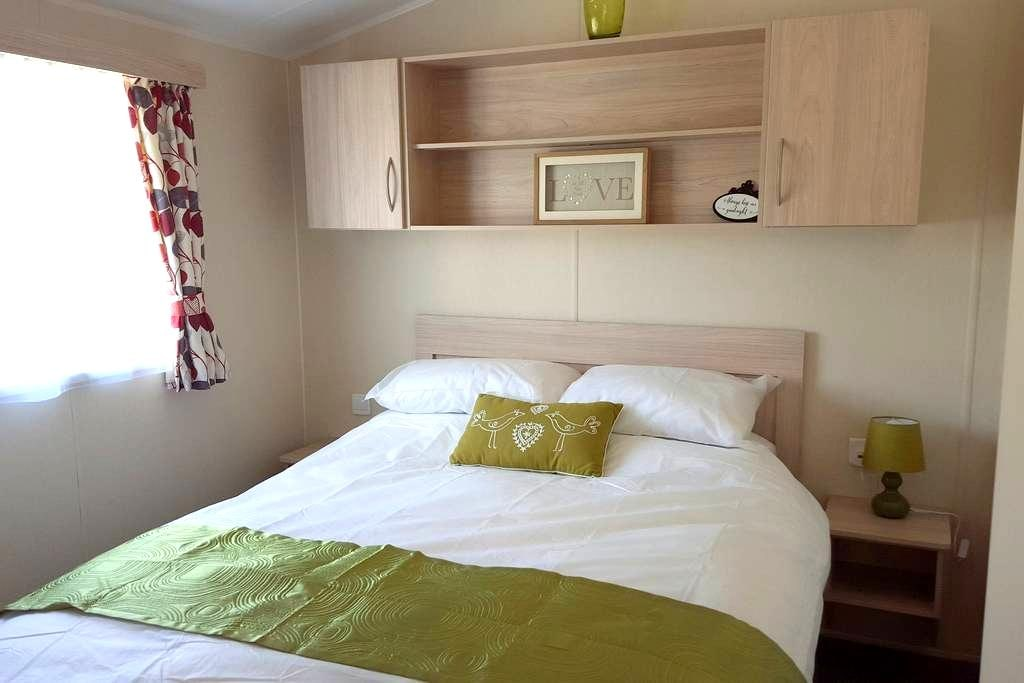 Newquay Deluxe Holiday Park Homes (No54), Cornwall - Cornwall - Chalupa