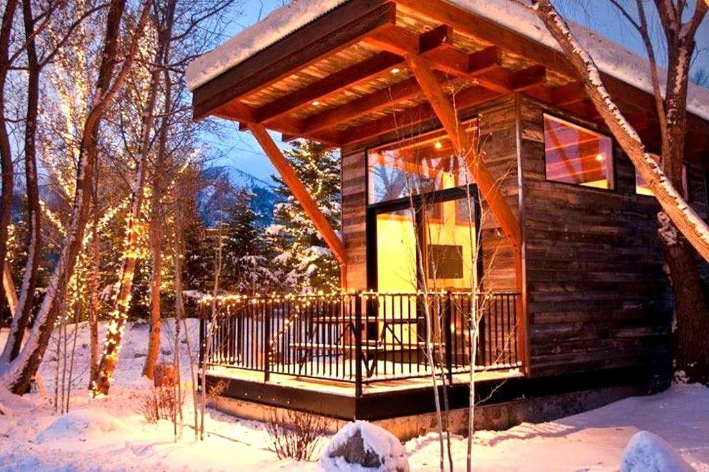 Jackson Hole Modern Rustic Cabin - Wilson - Chalet