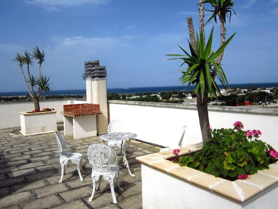 Stunning see side view apartment. - Brindisi