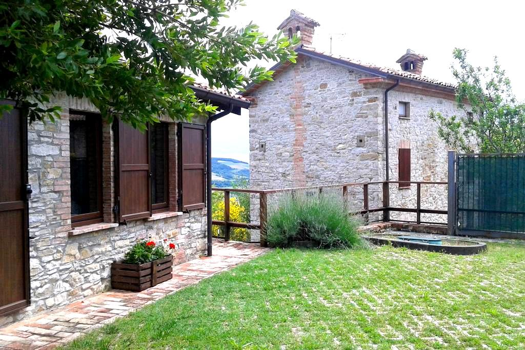 Nature and relax on the hills in Val Trebbia - Travo - Дом