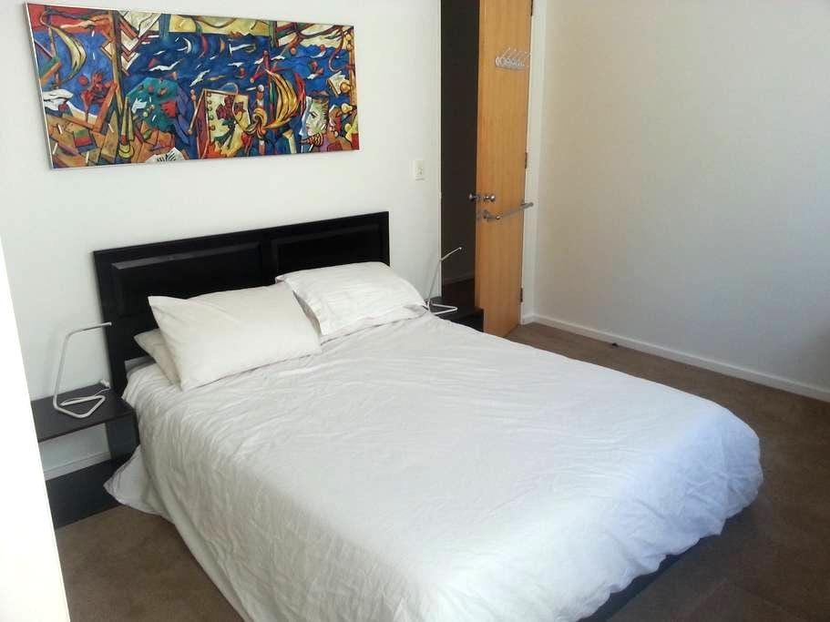 En-suite Room right on Bondi Beach - North Bondi - Maison