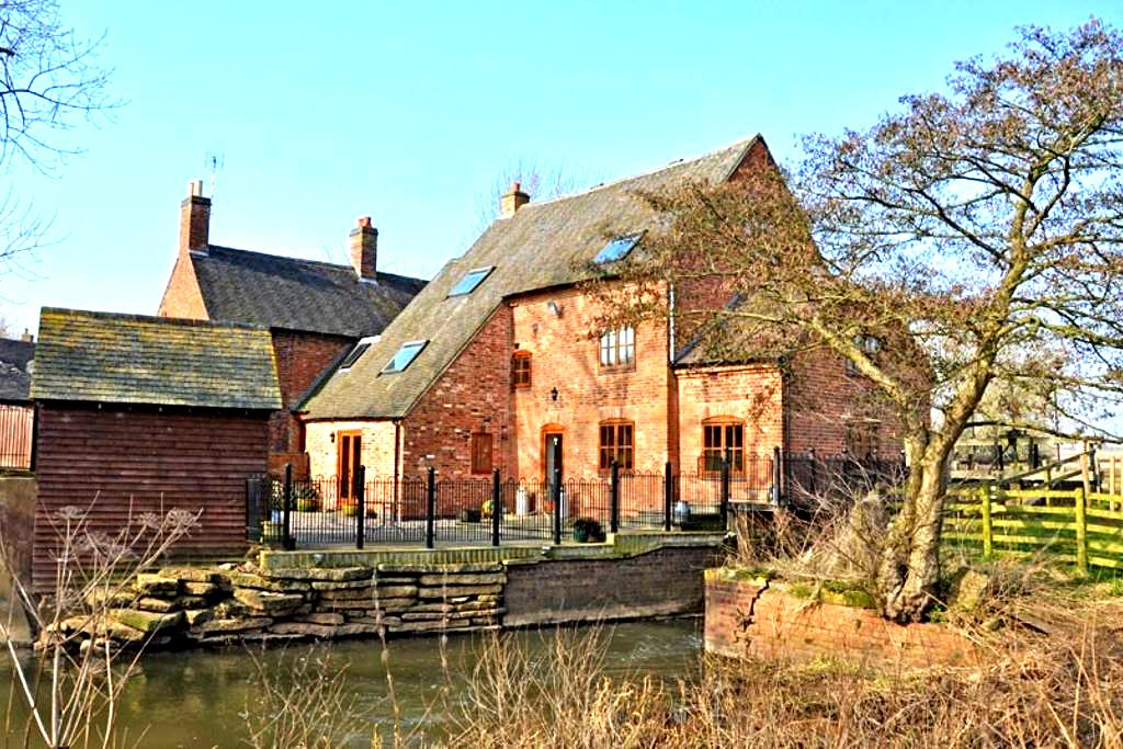 Charming, Modern, Riverside Bilstone Mill - Bilstone - Autre