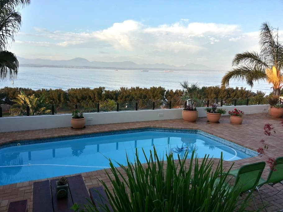 59LongSantos Self Catering Apartment - Mossel Bay - Daire